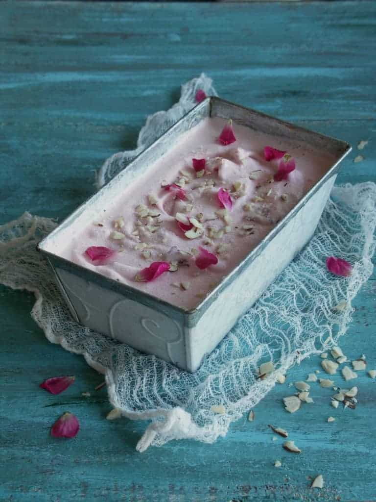 Rose petal ice cream recipe