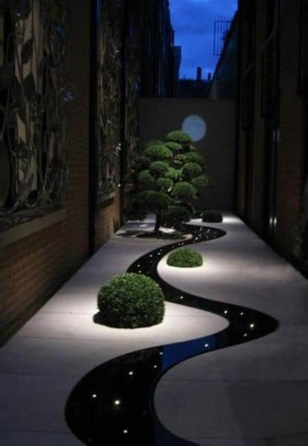 Outdoor garden lights for a unique garden design