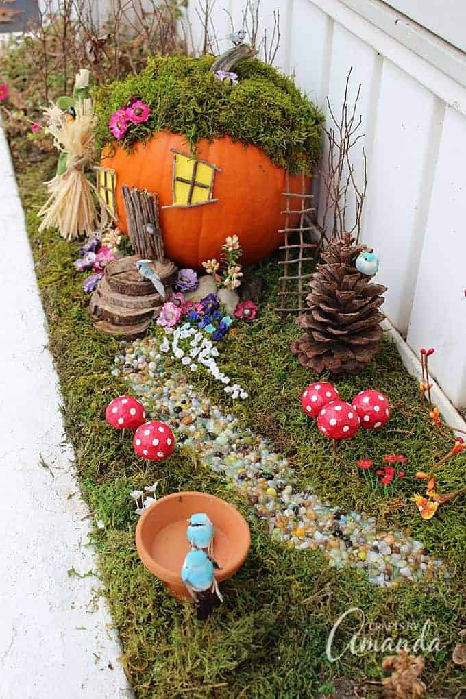Fall halloween pumpkin fairy gardens ideas supplies for Food garden ideas