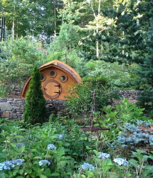 Hobbit Chicken Coop & beautiful garden