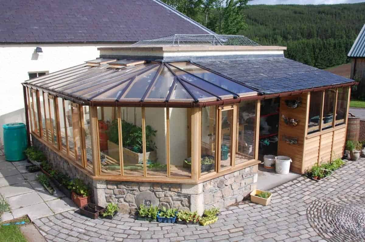 Solarium and potting shed