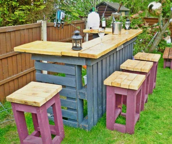 How to build a pallet garden table & stools