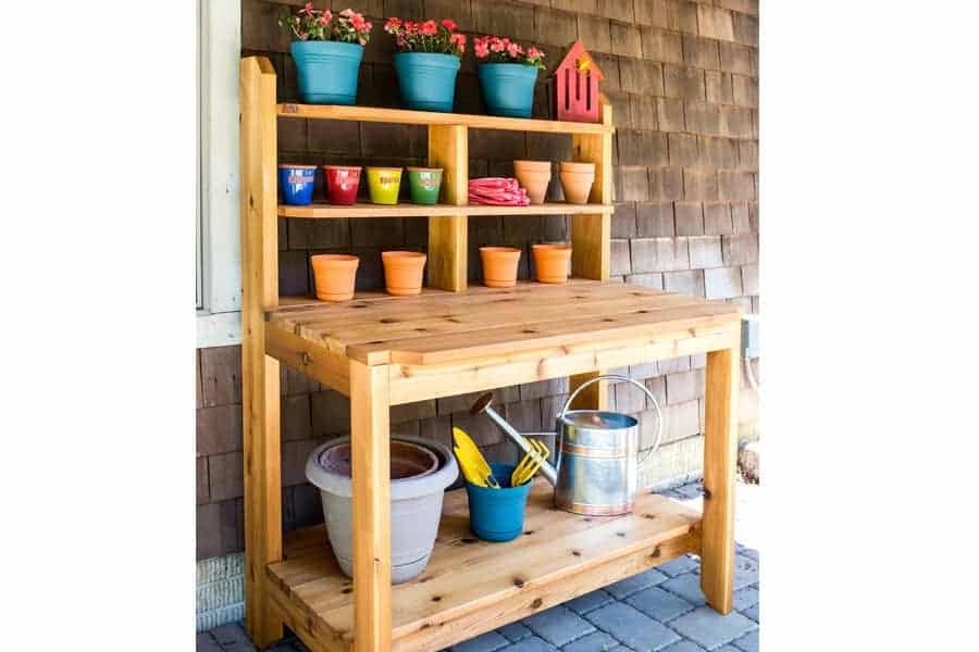 Fun Garden Potting Bench Plans + Ideas