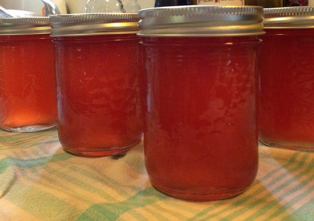 Jalapeno red pepper jelly without red dye