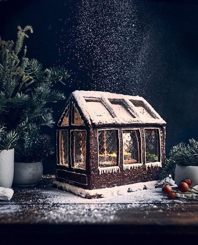 Gingerbread greenhouse is so pretty!