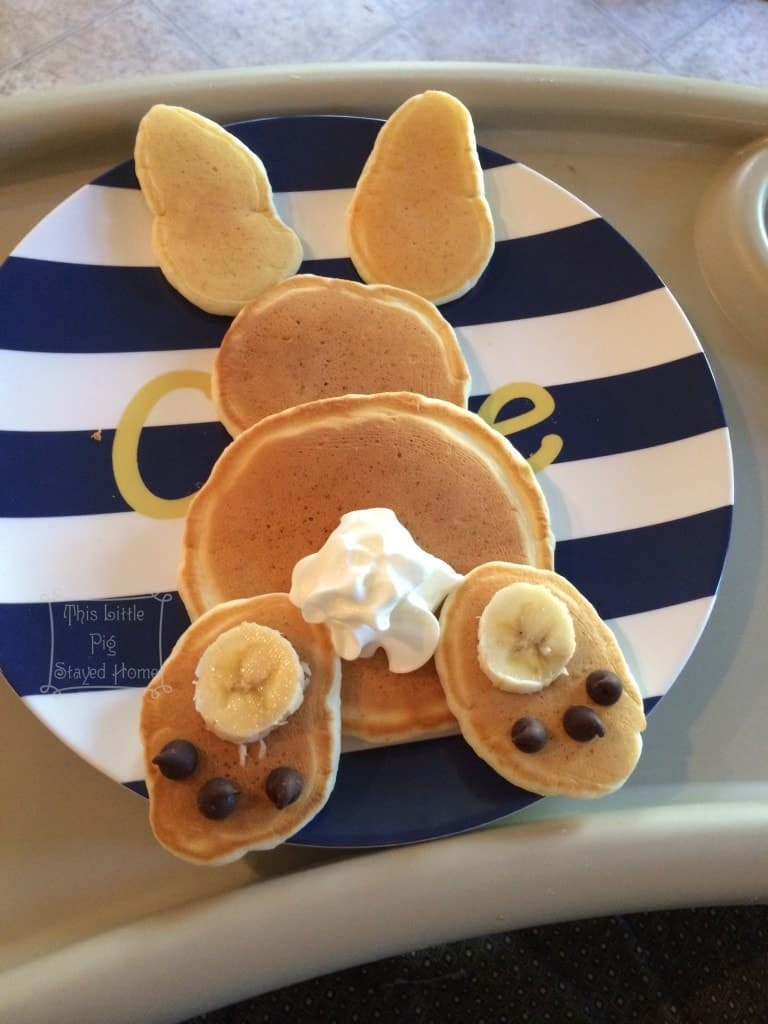 Cute bunny pancakes for Easter breakfast